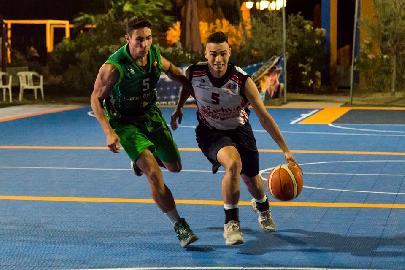 https://www.basketmarche.it/immagini_articoli/29-06-2018/roseto-summer-league-2018-il-quintetto-ideale-della-seconda-giornata-giornata-270.jpg