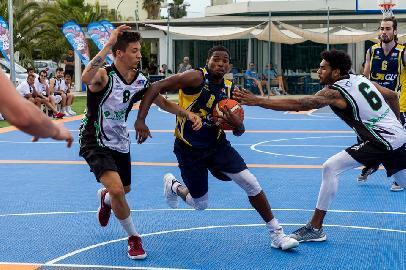 https://www.basketmarche.it/immagini_articoli/29-06-2018/roseto-summer-league-2018-il-recap-della-seconda-giornata-270.jpg