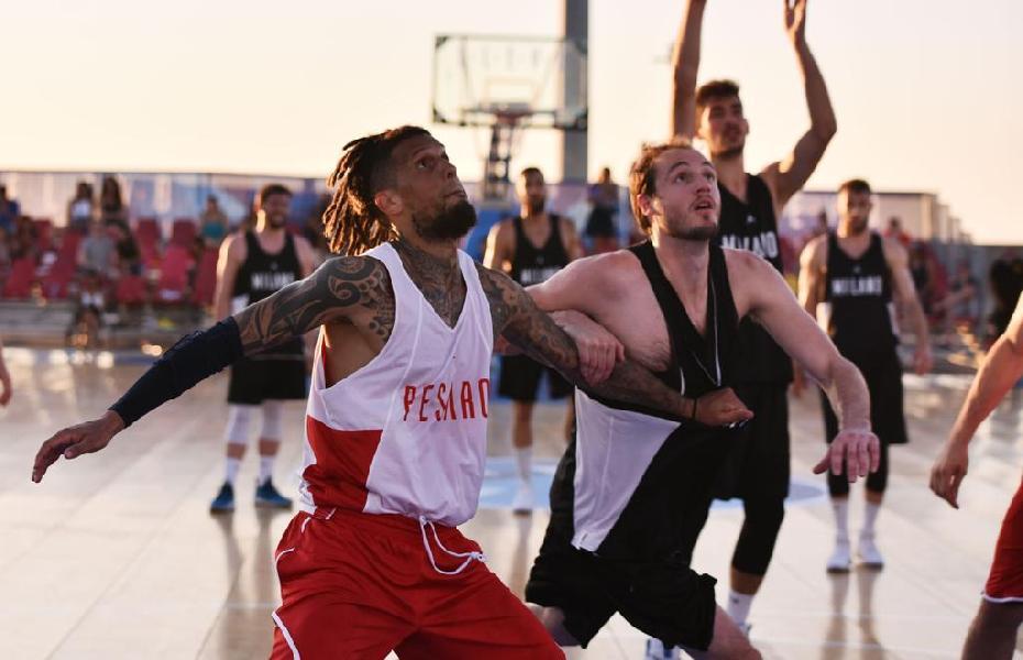 https://www.basketmarche.it/immagini_articoli/29-06-2019/elev8-basket-city-kings-bari-milano-vanno-finale-pesaro-brescia-600.jpg