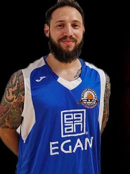 https://www.basketmarche.it/immagini_articoli/29-06-2020/montemarciano-matteo-tagnani-appende-scarpe-chiodo-lascia-basket-giocato-600.png