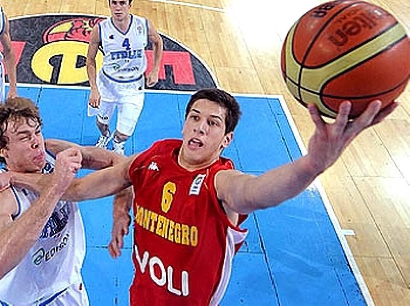 https://www.basketmarche.it/immagini_articoli/29-07-2019/nikola-ivanovic-obiettivo-primario-dinamo-sassari-valuta-anche-curtis-jerrells-600.jpg