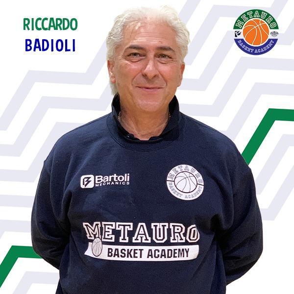 https://www.basketmarche.it/immagini_articoli/29-07-2021/ufficiale-coach-riccardo-badioli-confermato-guida-bartoli-mechanics-600.jpg