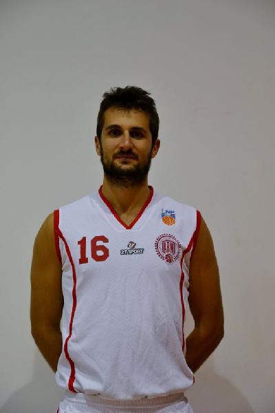 https://www.basketmarche.it/immagini_articoli/29-08-2018/regionale-colpo-mercato-basket-maceratese-castelfidardo-arriva-simone-soricetti-600.jpg