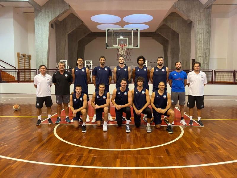 https://www.basketmarche.it/immagini_articoli/29-08-2021/buona-prima-real-sebastiani-rieti-coach-finelli-siamo-partiti-piede-giusto-600.jpg