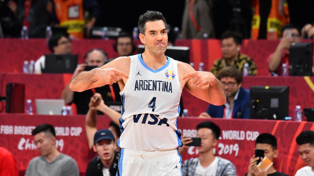 https://www.basketmarche.it/immagini_articoli/29-09-2019/clamoroso-colpo-mercato-olimpia-milano-arrivo-lungo-argentino-luis-scola-600.jpg