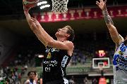 https://www.basketmarche.it/immagini_articoli/29-09-2020/7days-eurocup-avventura-aquila-basket-trento-inizia-campo-bursaspor-120.jpg