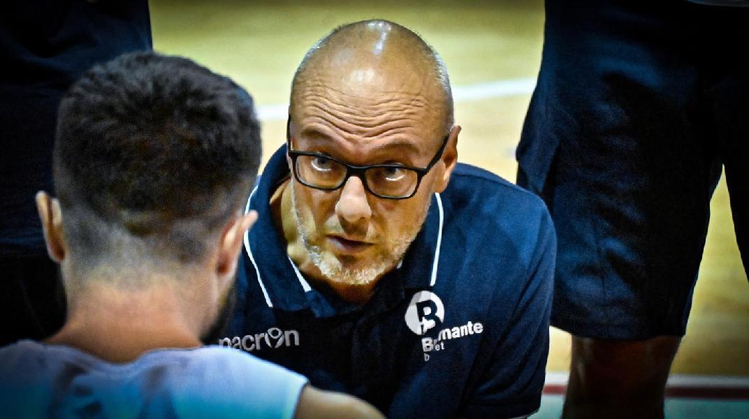 https://www.basketmarche.it/immagini_articoli/29-09-2021/bramante-pesaro-coach-nicolini-bene-prima-vittoria-abbiamo-tanti-aspetti-lavorare-600.jpg