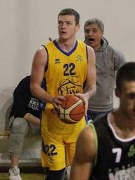https://www.basketmarche.it/immagini_articoli/29-09-2021/ufficiale-farnese-pallacanestro-campli-firma-grande-ucraina-anton-unechenskyi-600.jpg