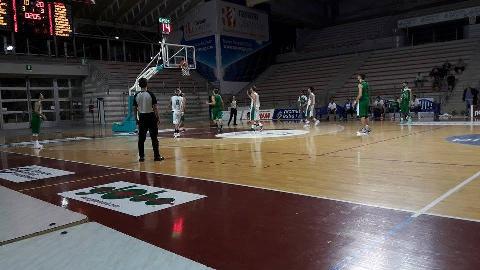 https://www.basketmarche.it/immagini_articoli/29-11-2017/d-regionale-il-cab-stamura-ancona-ferma-la-corsa-del-basket-tolentino-270.jpg