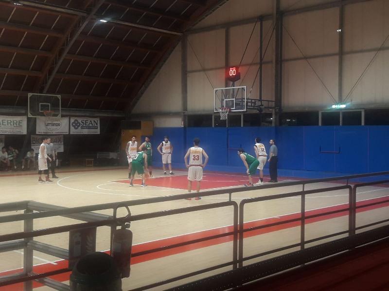 https://www.basketmarche.it/immagini_articoli/29-11-2019/basket-vadese-espugna-autorit-campo-vuelle-pesaro-600.jpg