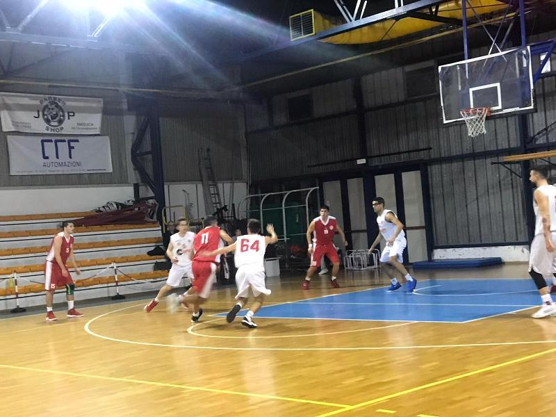 https://www.basketmarche.it/immagini_articoli/29-11-2019/rimaneggiato-basket-maceratese-passa-campo-vigor-matelica-resta-imbattuto-600.jpg