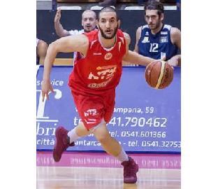 https://www.basketmarche.it/immagini_articoli/29-12-2017/serie-a2-giuseppe-altavilla-è-un-nuovo-giocatore-della-poderosa-montegranaro-270.jpg