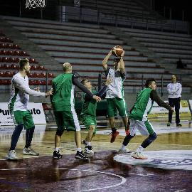 https://www.basketmarche.it/immagini_articoli/29-12-2017/serie-c-silver-il-campetto-ancona-di-nuovo-al-lavoro-venerdì-5-test-con-montegranaro-270.jpg