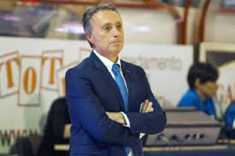 https://www.basketmarche.it/immagini_articoli/29-12-2019/virtus-roma-coach-bucchi-reggio-emilia-squadra-completa-dovremo-mettere-campo-cose-positive-viste-venezia-600.jpg