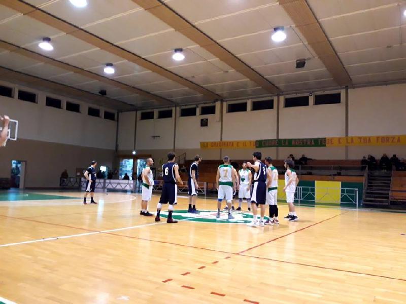 https://www.basketmarche.it/immagini_articoli/30-03-2019/marotta-basket-espugna-campo-basket-vadese-conferma-imbattibilit-stagionale-600.jpg