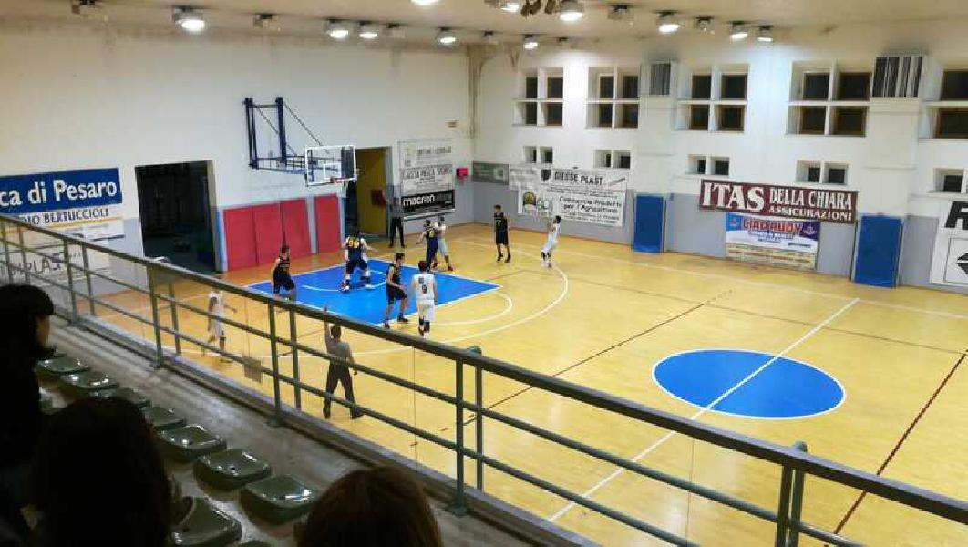 https://www.basketmarche.it/immagini_articoli/30-03-2019/regionale-anticipi-turno-montemarciano-basket-giovane-braccetto-pesaro-volata-600.jpg