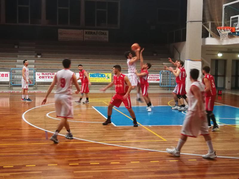 https://www.basketmarche.it/immagini_articoli/30-04-2019/regionale-playout-date-ufficiali-serie-amatori-severino-sacrata-porto-potenza-600.jpg