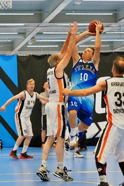 https://www.basketmarche.it/immagini_articoli/30-07-2019/mondiali-maxibasket-rappresentative-azzurre-accedono-fase-eliminazione-diretta-600.jpg