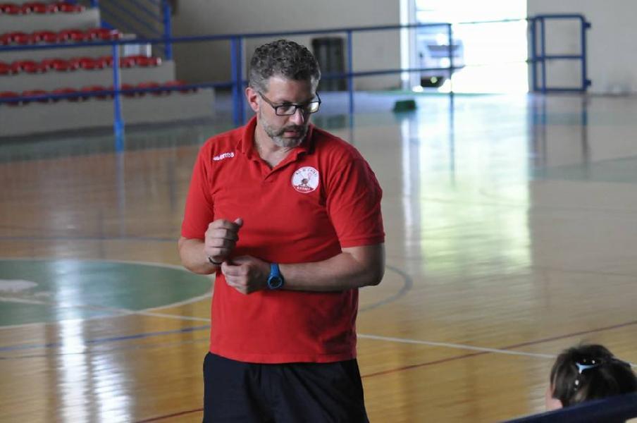 https://www.basketmarche.it/immagini_articoli/30-08-2018/serie-nazionale-presentiamo-attivit-settore-giovanile-teate-basket-chieti-insieme-responsabile-luca-cinquegrana-600.jpg