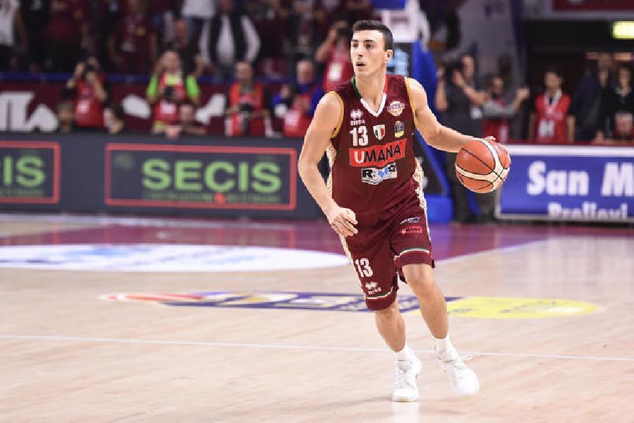 https://www.basketmarche.it/immagini_articoli/30-08-2019/aquila-basket-trento-valuta-offrire-contratto-riccardo-bolpin-600.jpg