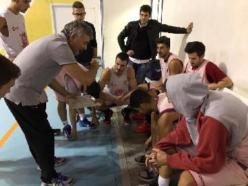 https://www.basketmarche.it/immagini_articoli/30-09-2017/promozione-la-vigor-matelica-concede-il-bis-contro-i-bad-boys-fabriano-270.jpg