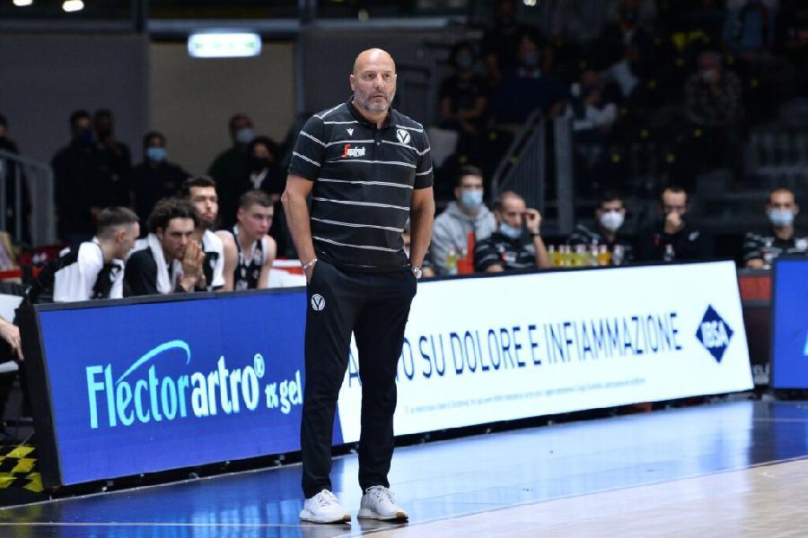 https://www.basketmarche.it/immagini_articoli/30-09-2020/virtus-bologna-coach-djordjevic-vogliamo-battere-lietkabelis-dovremo-giocare-gara-tosta-600.jpg