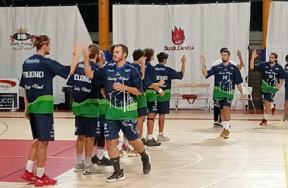 https://www.basketmarche.it/immagini_articoli/30-09-2021/coppa-italia-esordio-sfortunato-lucky-wind-foligno-600.jpg