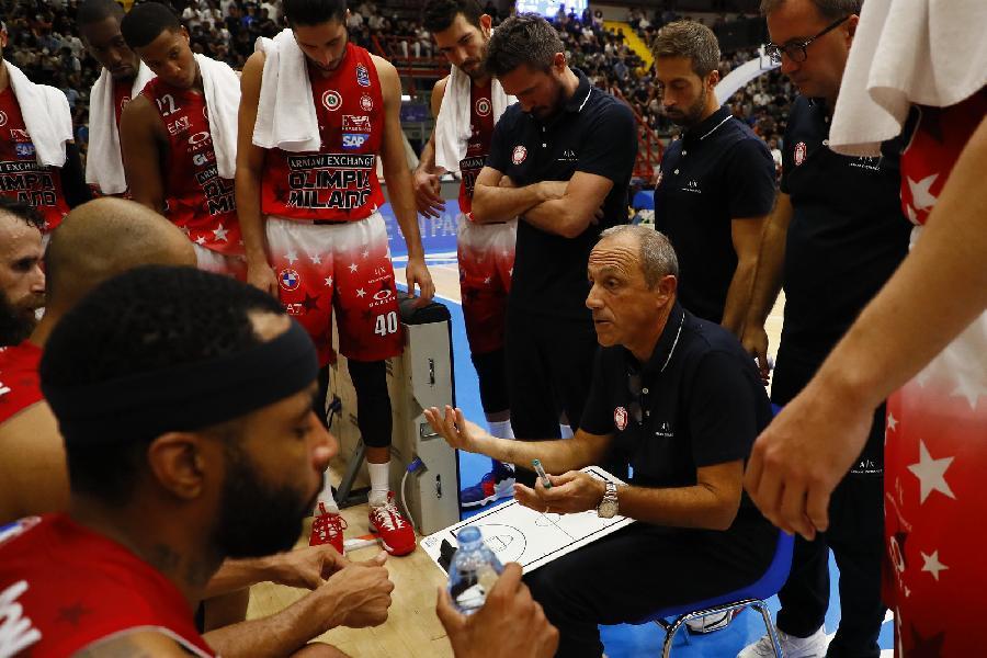 https://www.basketmarche.it/immagini_articoli/30-09-2021/olimpia-milano-sfida-cska-mosca-coach-messina-forte-candidata-titolo-europeo-600.jpg