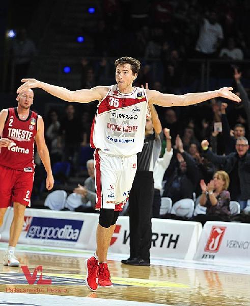 https://www.basketmarche.it/immagini_articoli/30-11-2018/alexander-shashkov-disputer-next-maglia-olimpia-milano-600.jpg