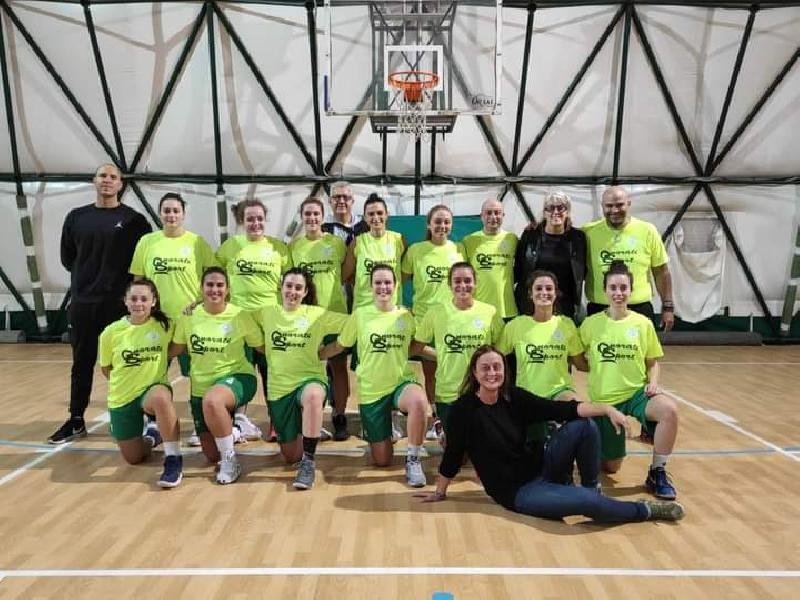 https://www.basketmarche.it/immagini_articoli/30-11-2020/ancona-alessandra-niccoli-vediamo-tornare-palestra-campionato-speriamo-riparta-febbraio-600.jpg