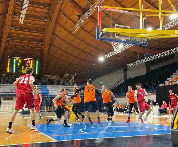 https://www.basketmarche.it/immagini_articoli/30-12-2020/pallacanestro-senigallia-sconfitta-campo-tigers-cesena-amichevole-600.jpg