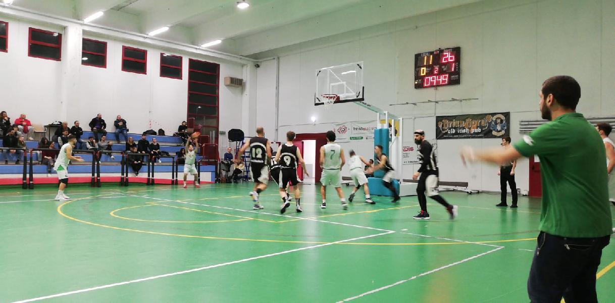 https://www.basketmarche.it/immagini_articoli/31-01-2020/ascoli-basket-passa-campo-fochi-pollenza-600.jpg