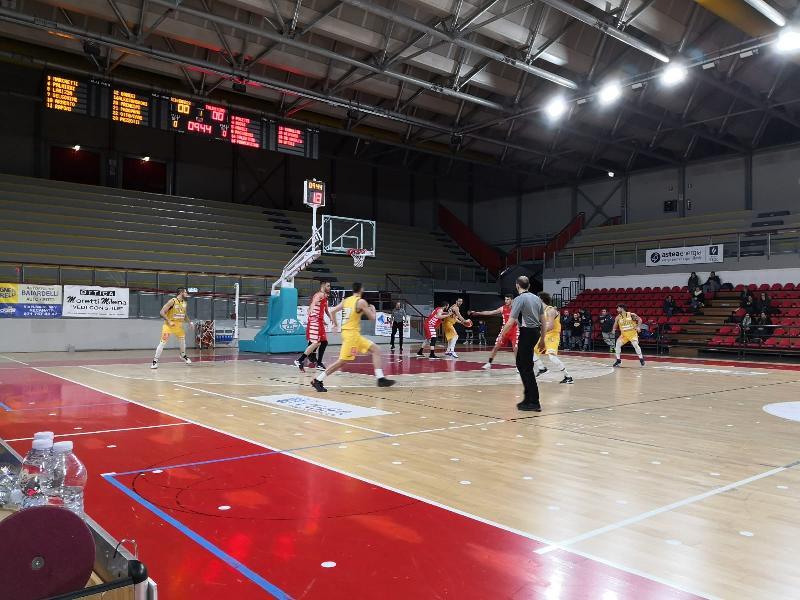 https://www.basketmarche.it/immagini_articoli/31-01-2020/basket-tolentino-coach-agnani-soddisfatto-vittoria-recanati-anche-scontri-diretti-600.jpg