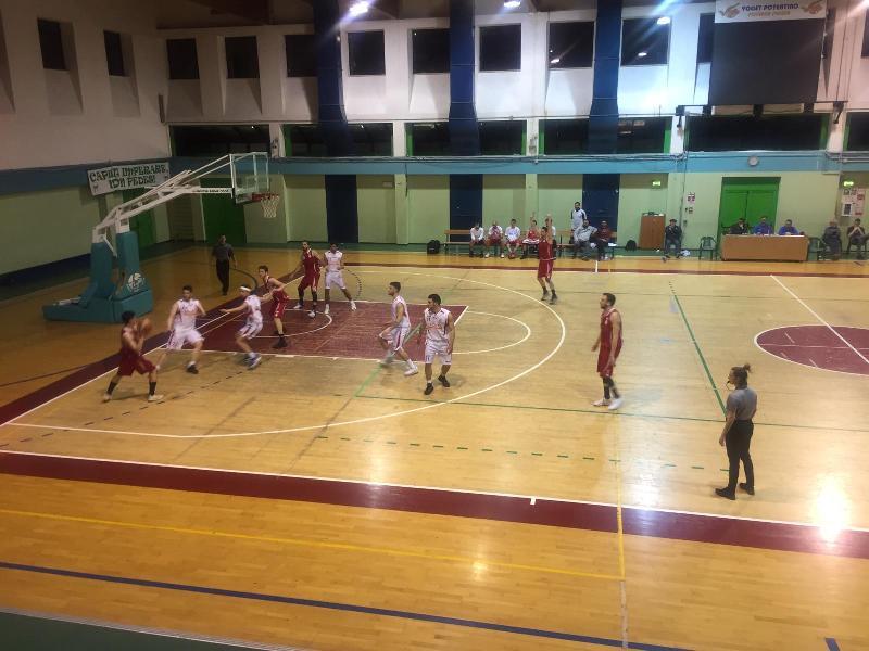 https://www.basketmarche.it/immagini_articoli/31-03-2019/pallacanestro-pedaso-sbanca-porto-potenza-matematicamente-600.jpg