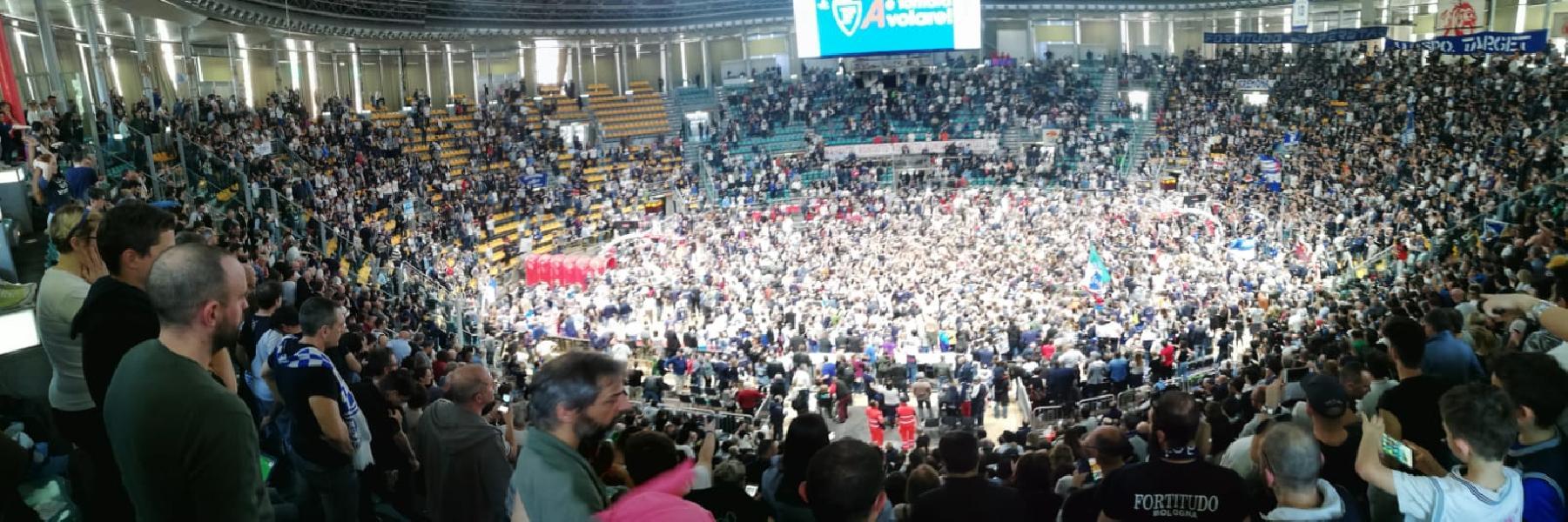 https://www.basketmarche.it/immagini_articoli/31-03-2019/serie-ritorno-fortitudo-serie-montegranaro-treviso-braccetto-colpi-jesi-cento-600.jpg