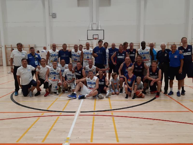 https://www.basketmarche.it/immagini_articoli/31-07-2019/mondiali-maxibasket-sorprese-delusioni-rappresentative-azzurre-helsinki-600.jpg