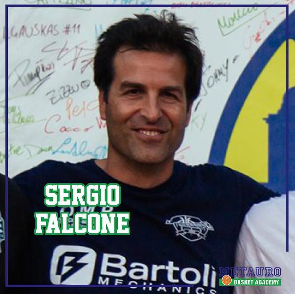 https://www.basketmarche.it/immagini_articoli/31-07-2019/sergio-falcone-allenatore-serie-progetto-metauro-basket-academy-600.jpg