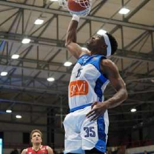 https://www.basketmarche.it/immagini_articoli/31-07-2020/ufficiale-brandon-sherrod-giocatore-benedetto-cento-600.jpg