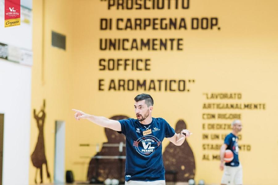 https://www.basketmarche.it/immagini_articoli/31-08-2019/pesaro-coach-perego-visto-giusta-intensit-dobbiamo-migliorare-ancora-molto-600.jpg