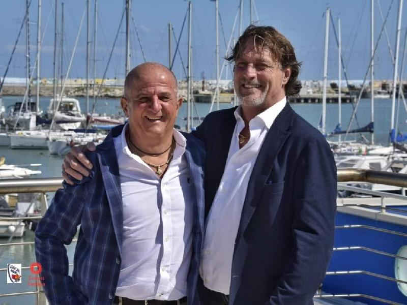 https://www.basketmarche.it/immagini_articoli/31-08-2020/civitanova-parla-patron-rossella-giuseppe-varlonga-virtus-passione-600.jpg