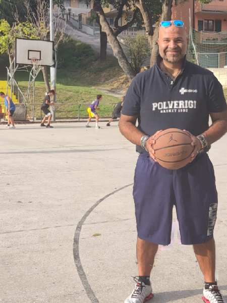 https://www.basketmarche.it/immagini_articoli/31-08-2021/polverigi-basket-coach-carmelo-foti-campionato-difficile-obiettivo-quello-centrare-playoff-600.png