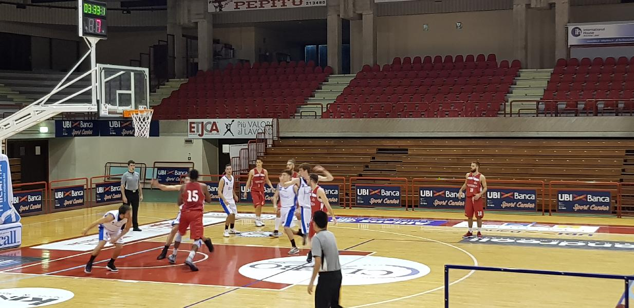 https://www.basketmarche.it/immagini_articoli/31-10-2018/posticipo-pallacanestro-urbania-espugna-jesi-resta-imbattuta-600.jpg