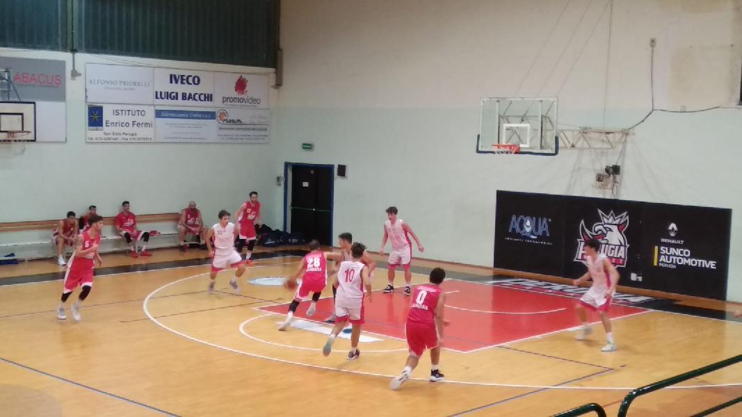 https://www.basketmarche.it/immagini_articoli/31-10-2019/sericap-cannara-passa-campo-uisp-palazzetto-perugia-centra-cinquina-600.jpg