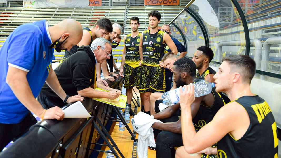 https://www.basketmarche.it/immagini_articoli/31-10-2020/supercoppa-cestistica-severo-pronta-esordio-interno-latina-basket-600.jpg