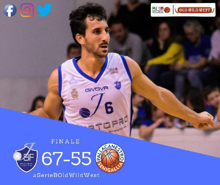 https://www.basketmarche.it/immagini_articoli/31-12-2018/janus-fabriano-chiude-2018-vincendo-derby-senigallia-600.jpg