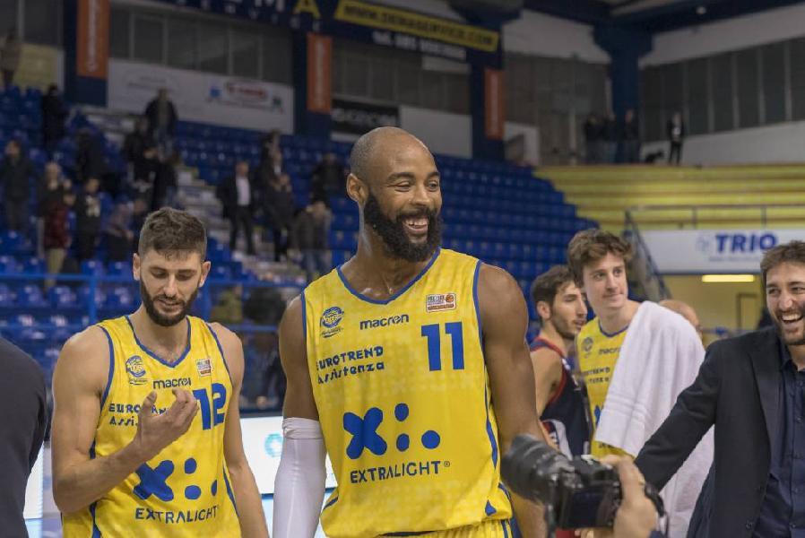 https://www.basketmarche.it/immagini_articoli/31-12-2018/poderosa-montegranaro-coach-pancotto-tenevamo-molto-questa-vittoria-sono-soddisfatto-600.jpg