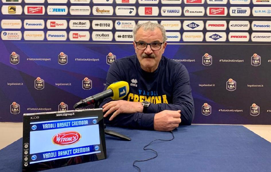 https://www.basketmarche.it/immagini_articoli/31-12-2019/vanoli-cremona-coach-sacchetti-abbiamo-fatto-buona-gara-abbiamo-pagato-fisicit-sassari-600.jpg