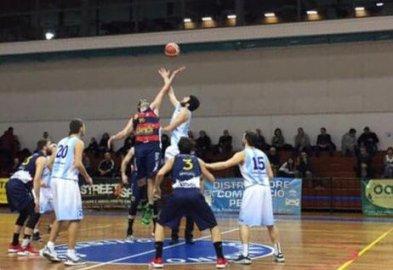 https://www.basketmarche.it/resizer/resize.php?url=https://www.basketmarche.it/immagini_campionati/01-02-2019/1549060112-154-.jpeg&size=393x270c0