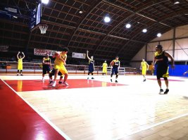 https://www.basketmarche.it/resizer/resize.php?url=https://www.basketmarche.it/immagini_campionati/01-02-2019/1549061935-180-.jpg&size=267x200c0