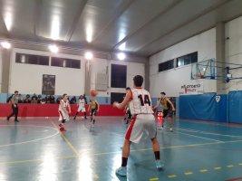 https://www.basketmarche.it/resizer/resize.php?url=https://www.basketmarche.it/immagini_campionati/01-03-2020/1583053017-58-.jpg&size=267x200c0